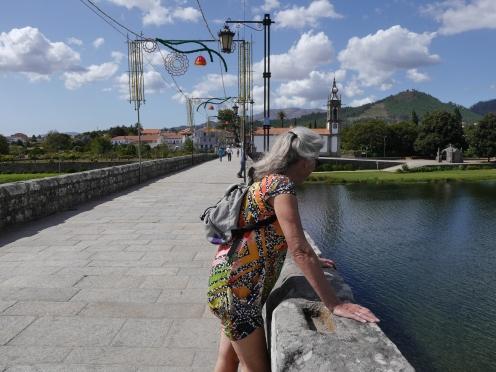 De laaange romeins-middeleeuwse brug